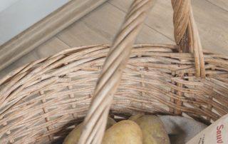 Suelo laminado Quickstep Classic Roble Havanna natural con cortes de sierra CLM1656