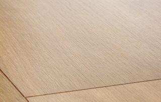 Suelo laminado Quickstep Classic Roble natural medianoche CLM1487